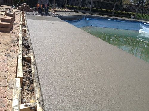 broomed concrete finish